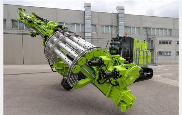 High-Tech on Crawlers' as Hütte launches HBR 710